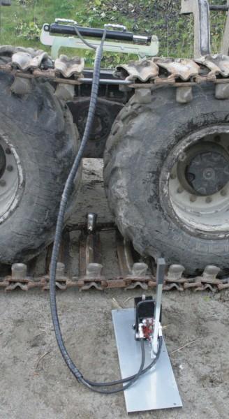 Tendeur hydraulique pour chenilles